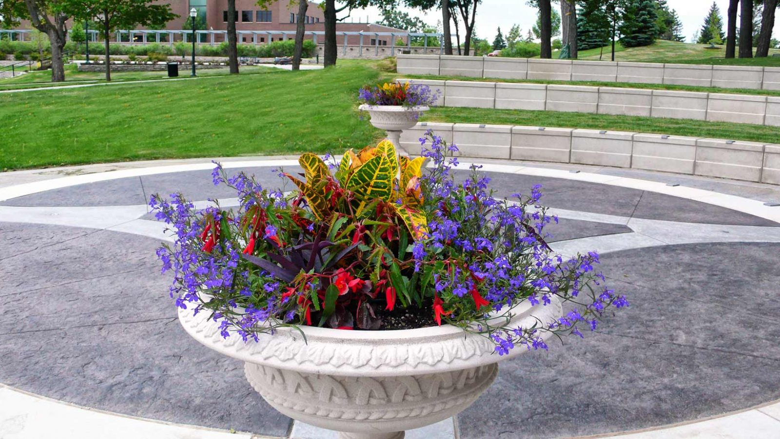 flowers in urn pose irrigation design challenges